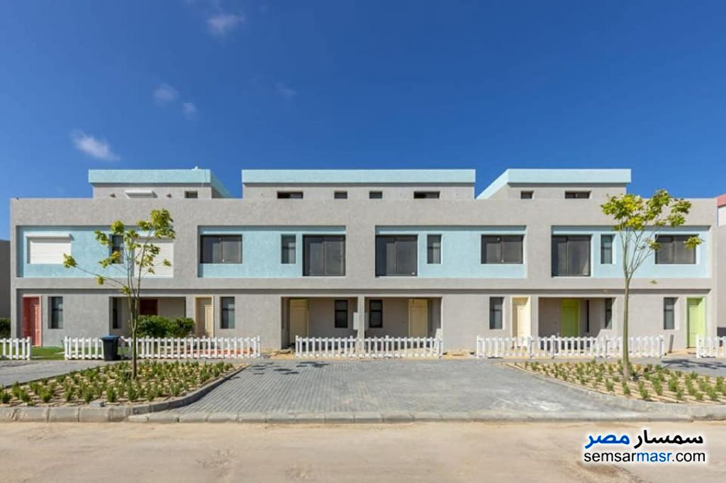 Ad Photo: Apartment 2 bedrooms 1 bath 112 sqm semi finished in North Coast  Alexandira