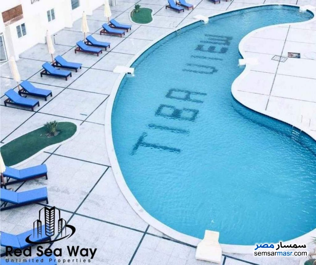 Ad Photo: Apartment 1 bedroom 5 baths 36 sqm super lux in Hurghada  Red Sea