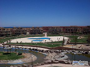 Ad Photo: Apartment 5 bedrooms 4 baths 435 sqm extra super lux in La Luna Beach  Ain Sukhna