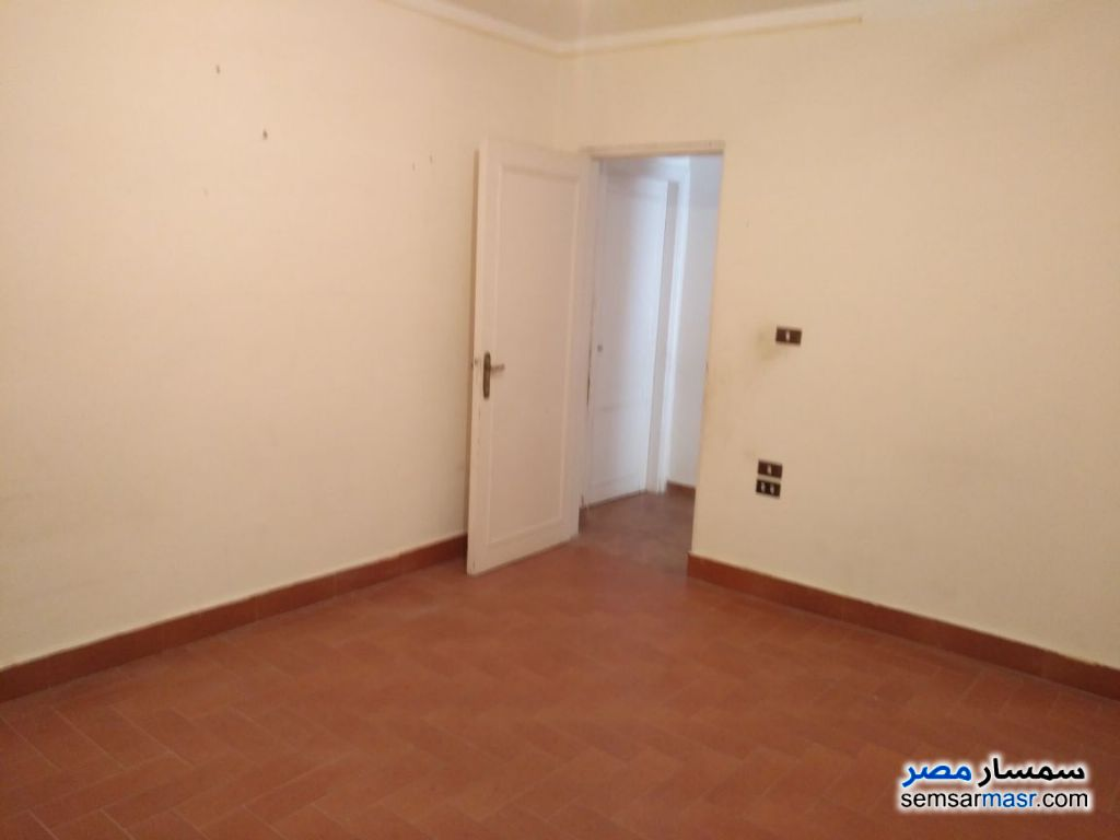 Photo 2 - Apartment 6 bedrooms 3 baths 210 sqm extra super lux For Sale Districts 6th of October