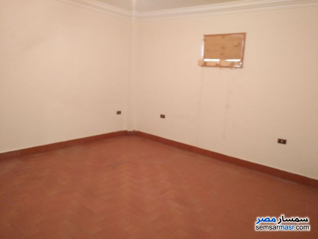 Photo 9 - Apartment 6 bedrooms 3 baths 210 sqm extra super lux For Sale Districts 6th of October