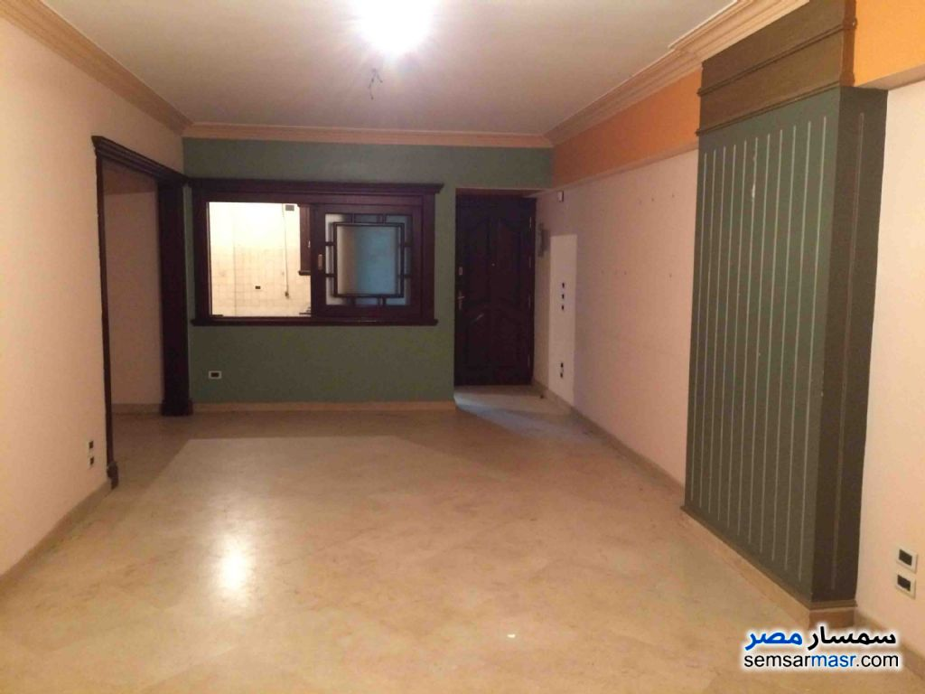 Photo 1 - Apartment 3 bedrooms 2 baths 165 sqm extra super lux For Sale Maryotaya Giza