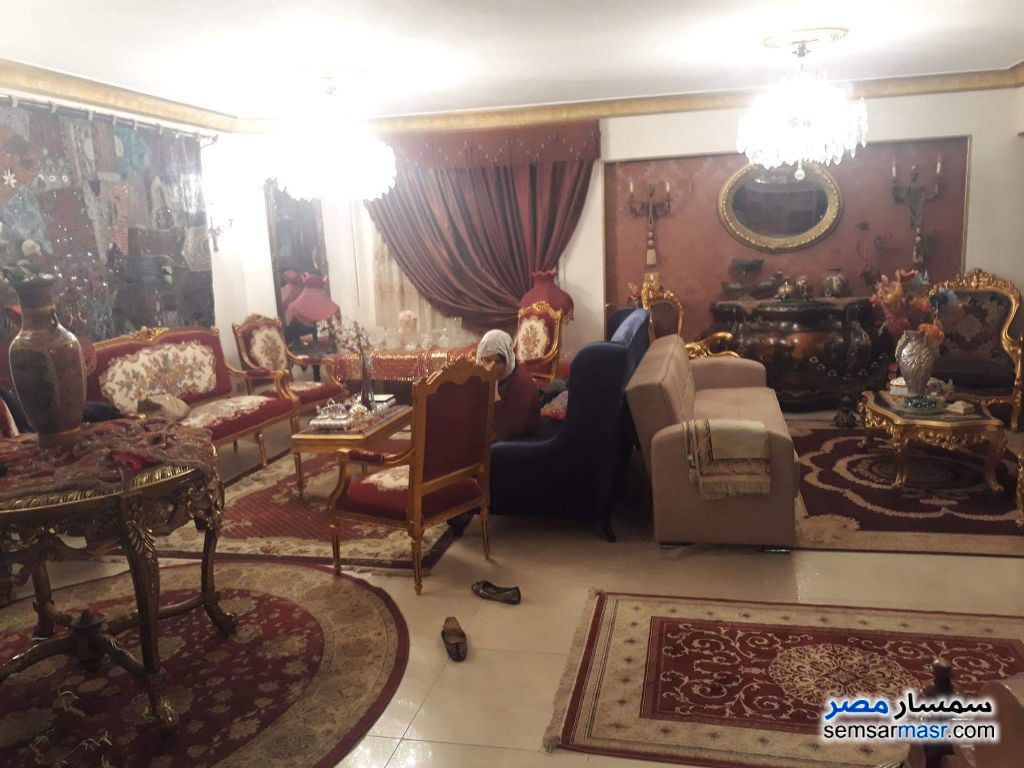 Photo 2 - Apartment 4 bedrooms 2 baths 270 sqm extra super lux For Sale Hadayek Al Ahram Giza