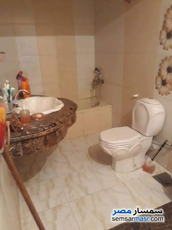 Photo 3 - Apartment 4 bedrooms 2 baths 270 sqm extra super lux For Sale Hadayek Al Ahram Giza