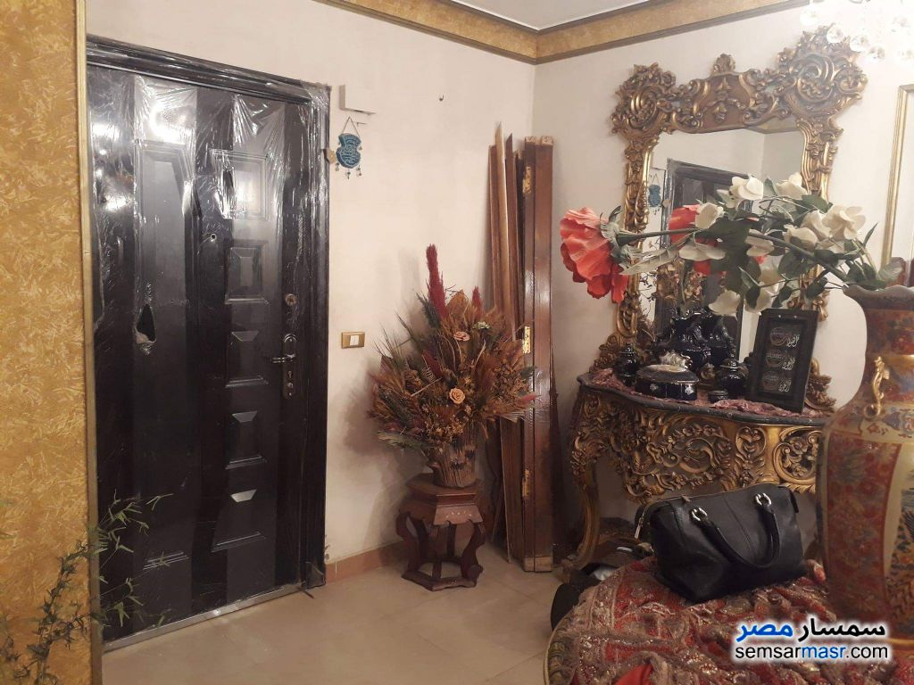 Photo 4 - Apartment 4 bedrooms 2 baths 270 sqm extra super lux For Sale Hadayek Al Ahram Giza