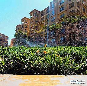 Ad Photo: Apartment 3 bedrooms 3 baths 157 sqm extra super lux in Madinaty  Cairo