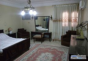 Ad Photo: Apartment 7 bedrooms 2 baths 250 sqm super lux in Ain Shams  Cairo