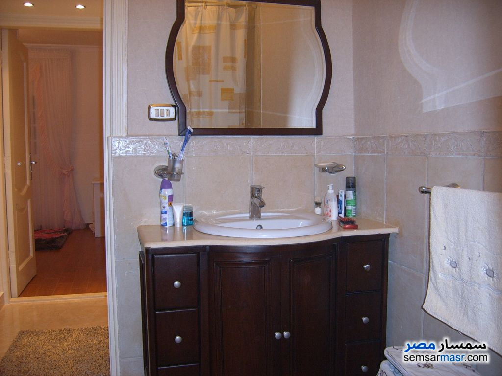 Photo 9 - Apartment 3 bedrooms 2 baths 155 sqm extra super lux For Sale Hadayek Al Ahram Giza
