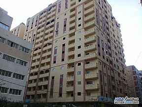 Ad Photo: Apartment 2 bedrooms 1 bath 125 sqm semi finished in Miami  Alexandira