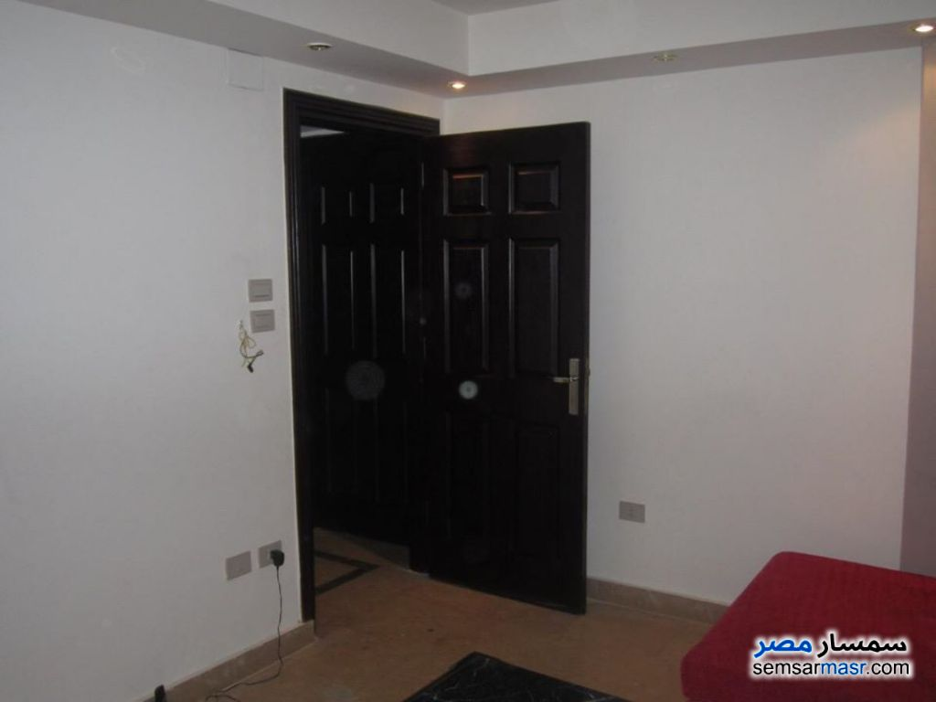 Photo 12 - Apartment 3 bedrooms 2 baths 190 sqm super lux For Rent Maadi Cairo