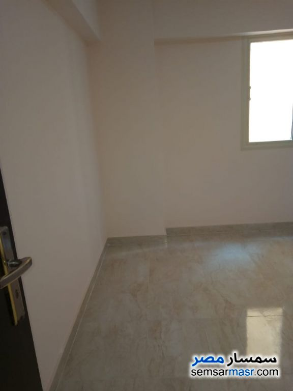Photo 13 - Apartment 4 bedrooms 1 bath 200 sqm extra super lux For Rent Maadi Cairo
