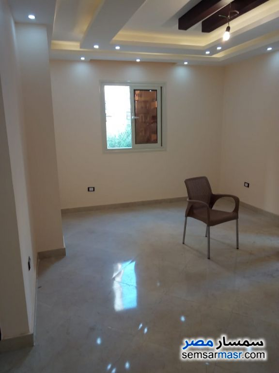 Photo 6 - Apartment 4 bedrooms 1 bath 200 sqm extra super lux For Rent Maadi Cairo