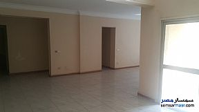 Ad Photo: Apartment 2 bedrooms 2 baths 160 sqm extra super lux in Maadi  Cairo