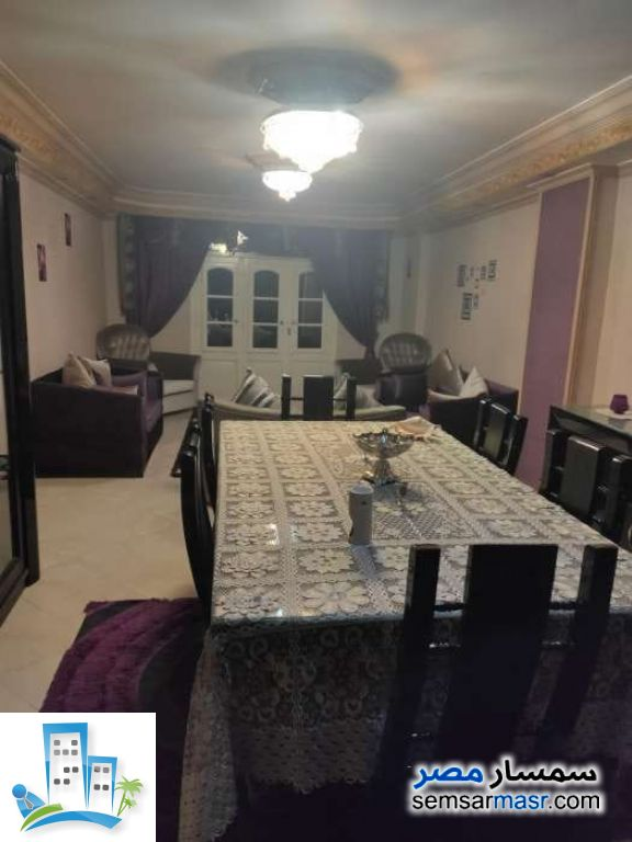 Ad Photo: Apartment 3 bedrooms 1 bath 150 sqm extra super lux in Faisal  Giza