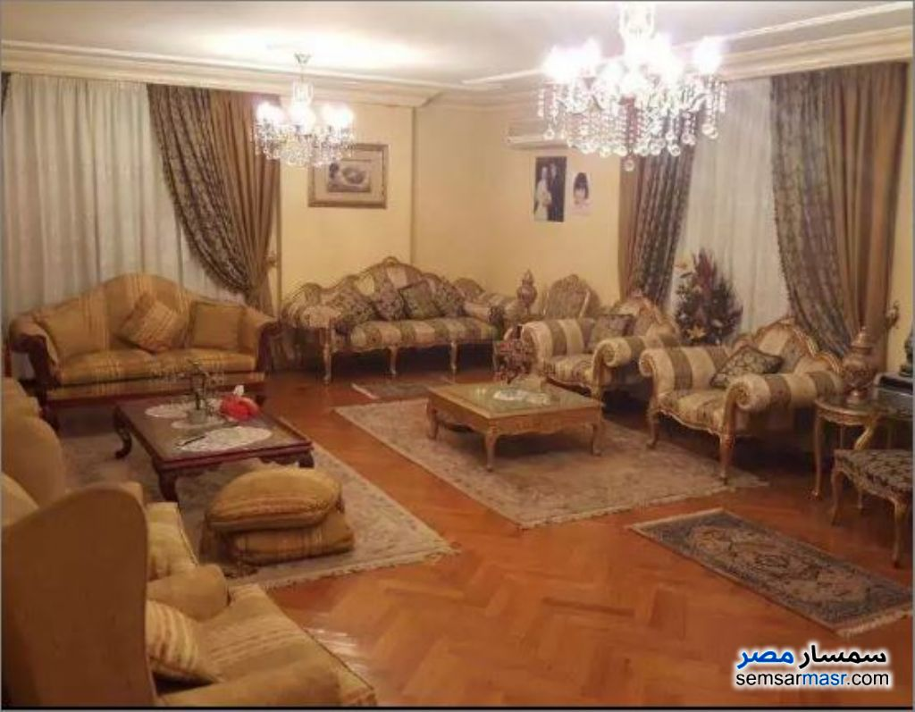 Photo 1 - Apartment 3 bedrooms 2 baths 215 sqm extra super lux For Rent Maadi Cairo