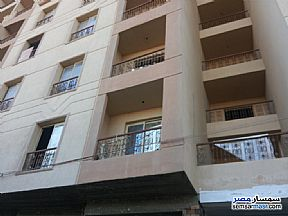 Ad Photo: Apartment 3 bedrooms 1 bath 134 sqm without finish in Minya City  Minya