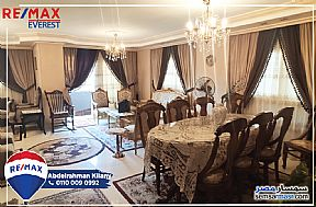 Ad Photo: Apartment 3 bedrooms 2 baths 230 sqm extra super lux in Mohandessin  Giza