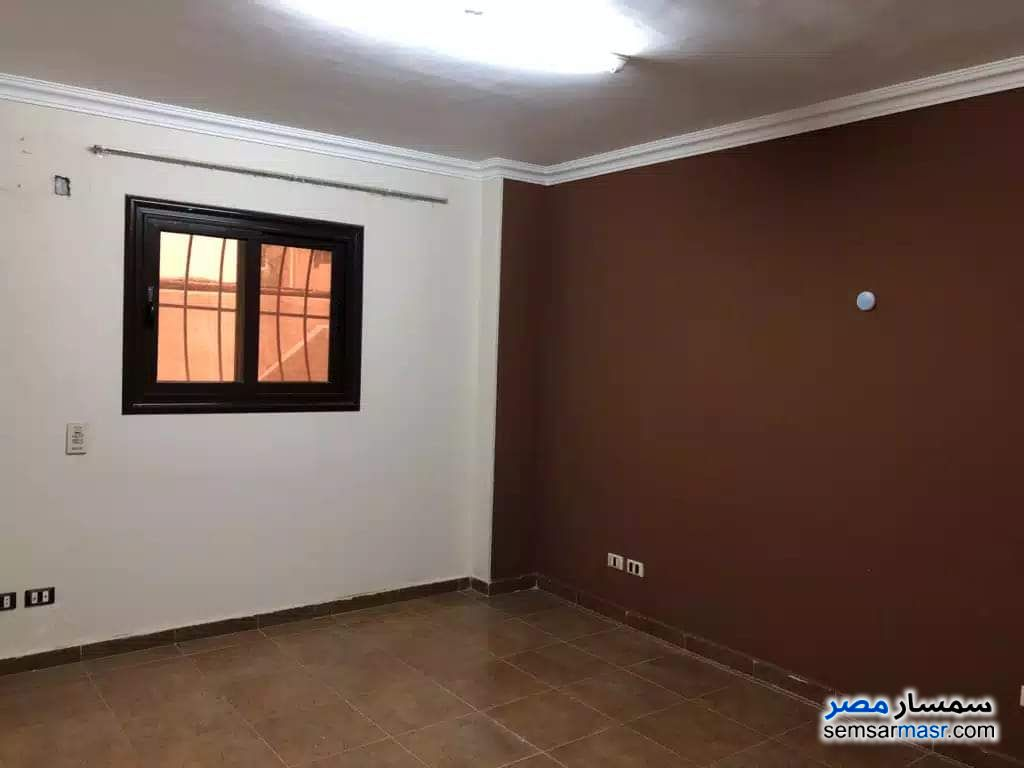 Photo 6 - Apartment 2 bedrooms 1 bath 136 sqm super lux For Sale Fifth Settlement Cairo