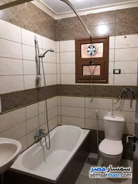 Photo 5 - Apartment 2 bedrooms 1 bath 136 sqm super lux For Sale Fifth Settlement Cairo