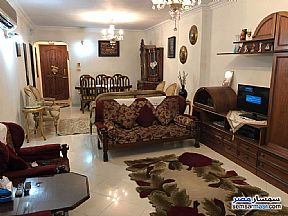 Ad Photo: Apartment 3 bedrooms 1 bath 160 sqm extra super lux in Ain Shams  Cairo