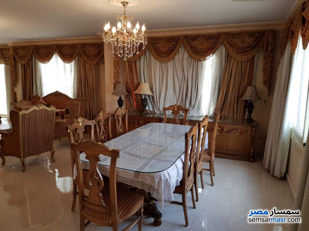 Ad Photo: Apartment 4 bedrooms 3 baths 450 sqm in Giza