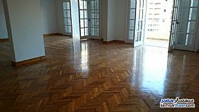 Ad Photo: Apartment 4 bedrooms 2 baths 230 sqm extra super lux in Saba Pasha  Alexandira