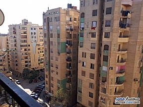 Apartment 3 bedrooms 1 bath 135 sqm super lux For Sale Maadi Cairo - 9