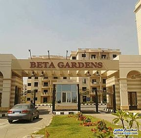 Ad Photo: Apartment 2 bedrooms 1 bath 80 sqm semi finished in Beta Gardens  6th of October
