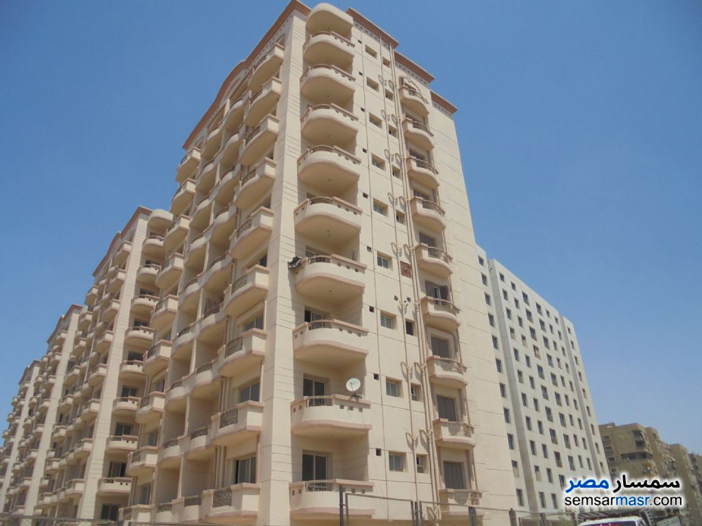 Photo 1 - Apartment 2 bedrooms 2 baths 135 sqm without finish For Sale Maadi Cairo