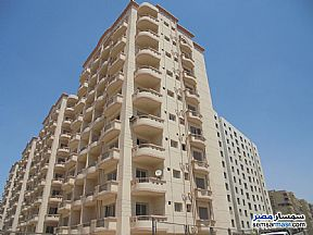 Ad Photo: Apartment 2 bedrooms 2 baths 135 sqm without finish in Maadi  Cairo