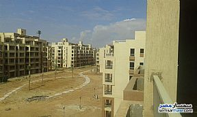 Ad Photo: Apartment 3 bedrooms 2 baths 130 sqm semi finished in October Gardens  6th of October