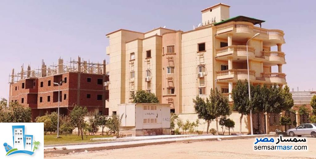 Ad Photo: Apartment 3 bedrooms 3 baths 270 sqm semi finished in Shorouk City  Cairo