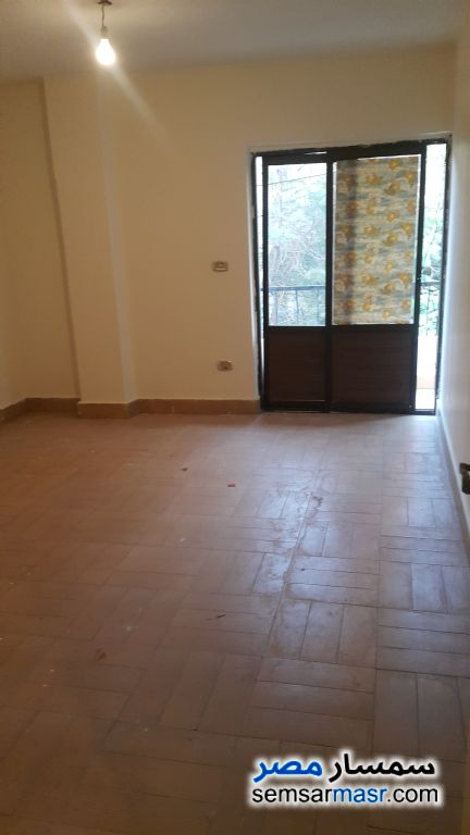 Photo 2 - Apartment 3 bedrooms 2 baths 150 sqm extra super lux For Rent Al Rawdah Cairo