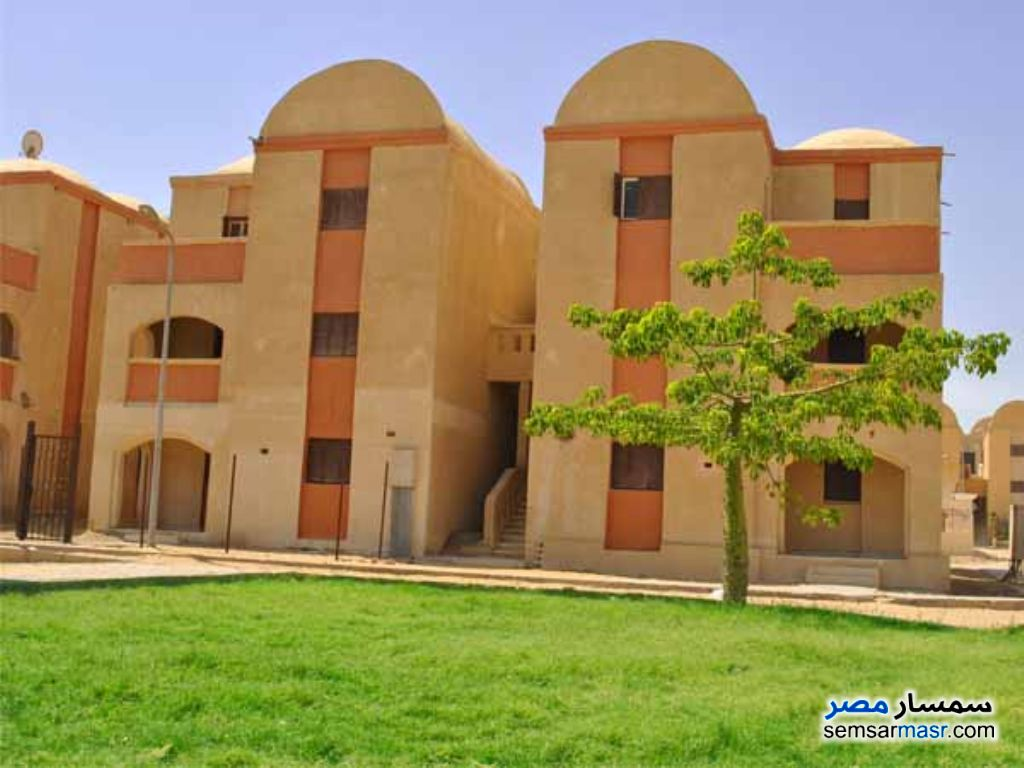 Ad Photo: Apartment 2 bedrooms 1 bath 63 sqm lux in Haram City  6th of October