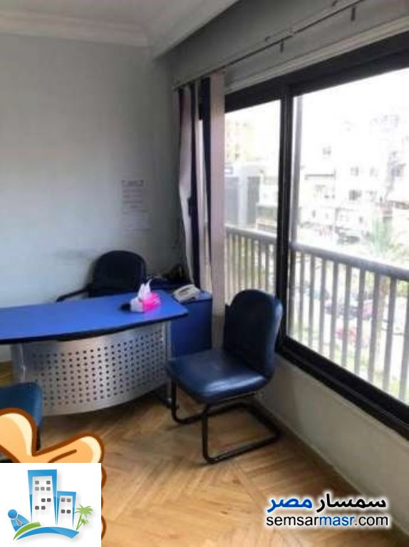 Apartment 3 bedrooms 2 baths 180 sqm super lux For Rent Maadi Cairo - 4