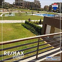 Ad Photo: Apartment 2 bedrooms 2 baths 92 sqm semi finished in Sheikh Zayed  6th of October