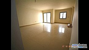 Ad Photo: Apartment 3 bedrooms 2 baths 165 sqm extra super lux in First Settlement  Cairo