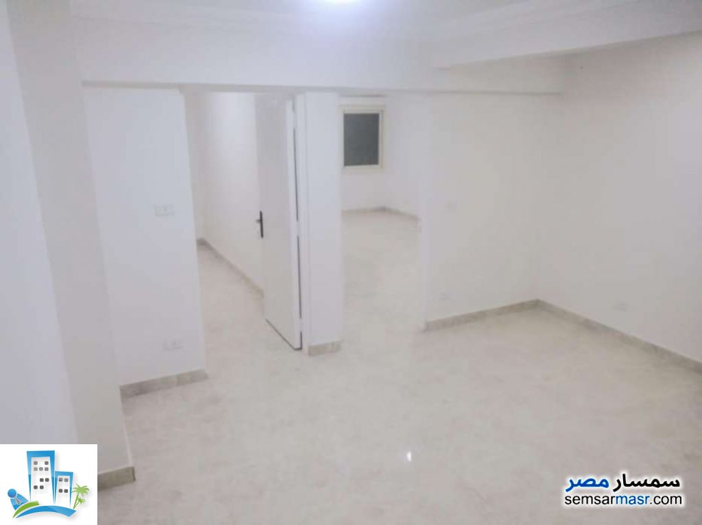 Ad Photo: Apartment 2 bedrooms 1 bath 65 sqm extra super lux in Smoha  Alexandira