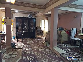 Ad Photo: Apartment 2 bedrooms 1 bath 130 sqm extra super lux in Dar Al Salaam  Cairo