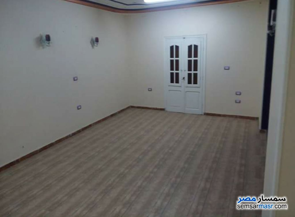 Photo 2 - Apartment 2 bedrooms 1 bath 110 sqm super lux For Sale Hadayek Helwan Cairo