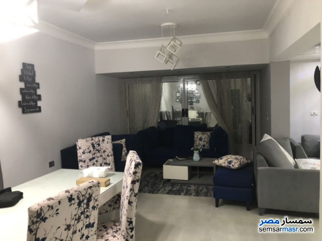 Ad Photo: Apartment 2 bedrooms 2 baths 108 sqm extra super lux in Districts  6th of October