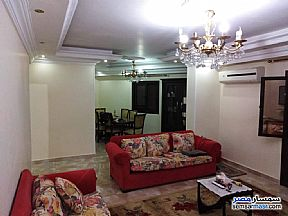 Ad Photo: Apartment 2 bedrooms 1 bath 120 sqm super lux in Mokattam  Cairo