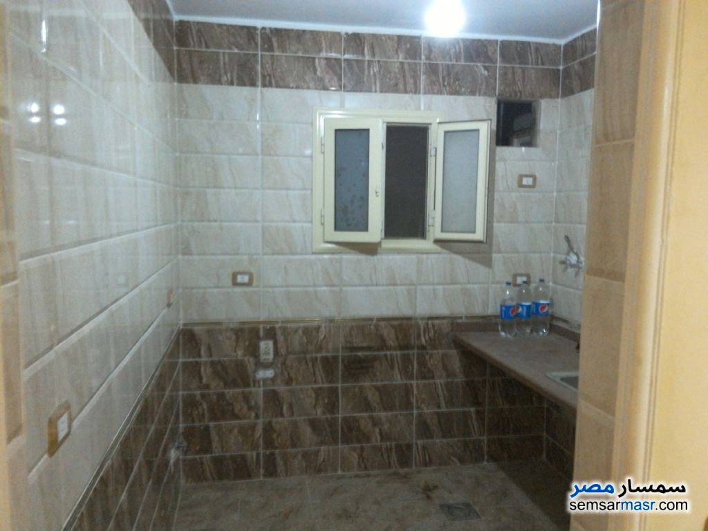 Photo 7 - Apartment 2 bedrooms 1 bath 110 sqm super lux For Sale Hadayek Helwan Cairo