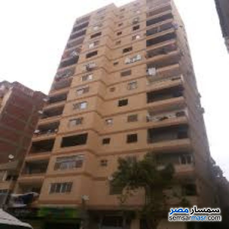 Photo 1 - Apartment 3 bedrooms 1 bath 135 sqm without finish For Sale Haram Giza