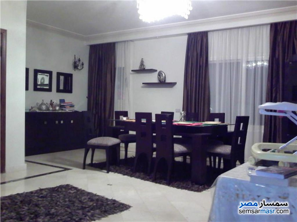 Photo 4 - Apartment 4 bedrooms 3 baths 230 sqm extra super lux For Rent Rehab City Cairo