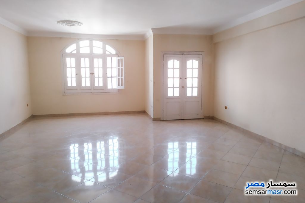 Ad Photo: Apartment 3 bedrooms 2 baths 280 sqm lux in Smoha  Alexandira