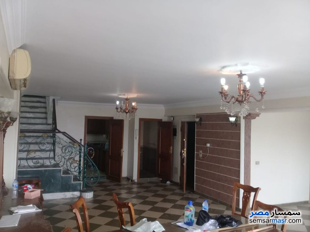Photo 12 - Apartment 4 bedrooms 3 baths 270 sqm extra super lux For Rent Maadi Cairo