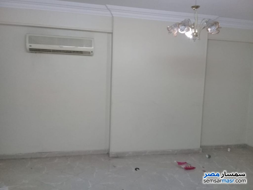 Photo 4 - Apartment 4 bedrooms 3 baths 270 sqm extra super lux For Rent Maadi Cairo