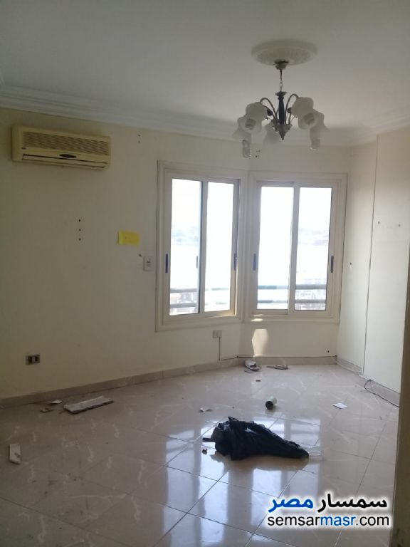 Photo 10 - Apartment 4 bedrooms 3 baths 270 sqm extra super lux For Rent Maadi Cairo