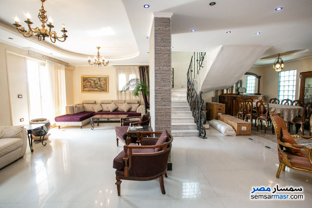 Ad Photo: Apartment 4 bedrooms 3 baths 320 sqm super lux in Laurent  Alexandira